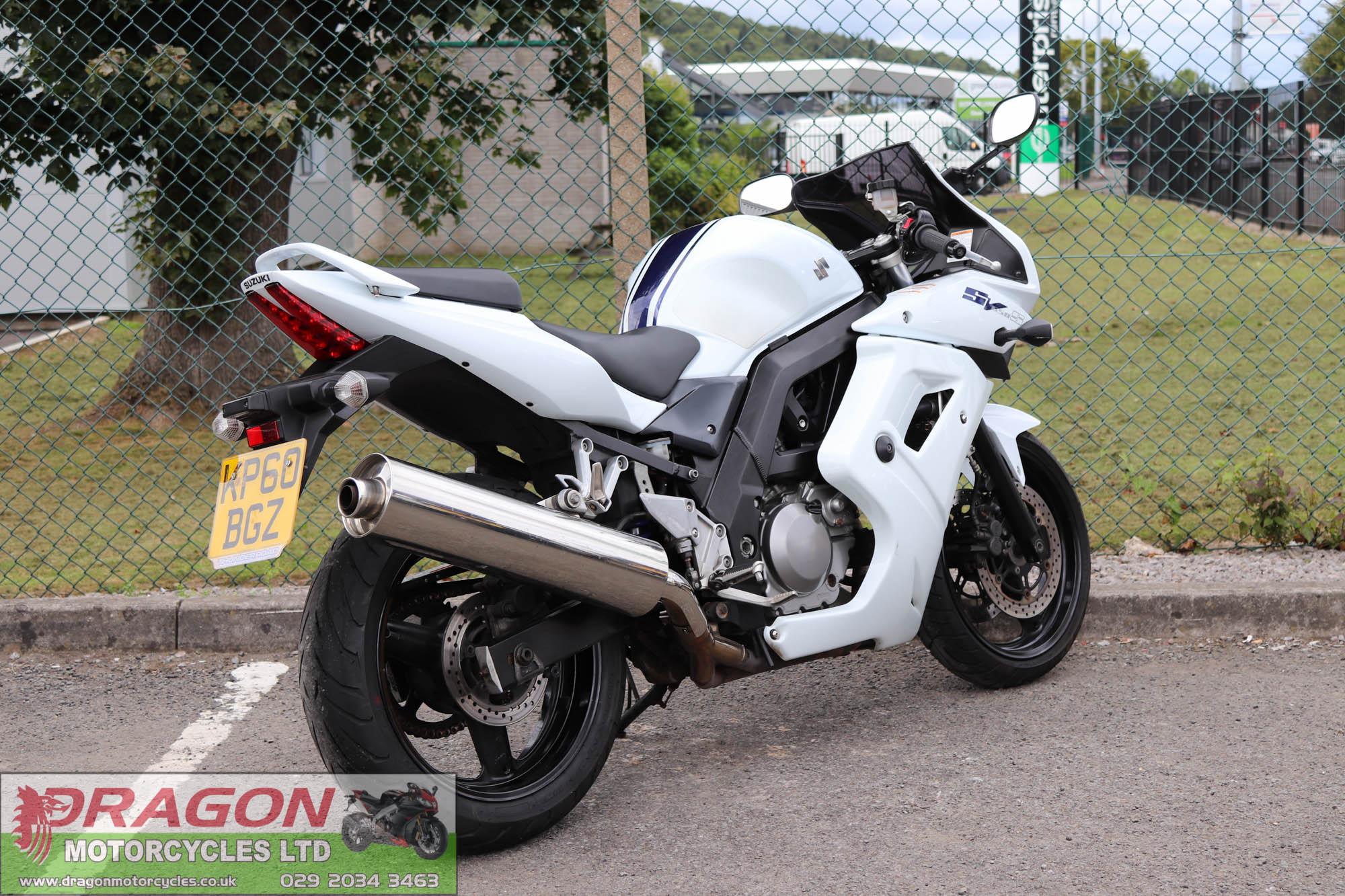For Sale 2011 Suzuki SV650S   White/Blue   Six speed